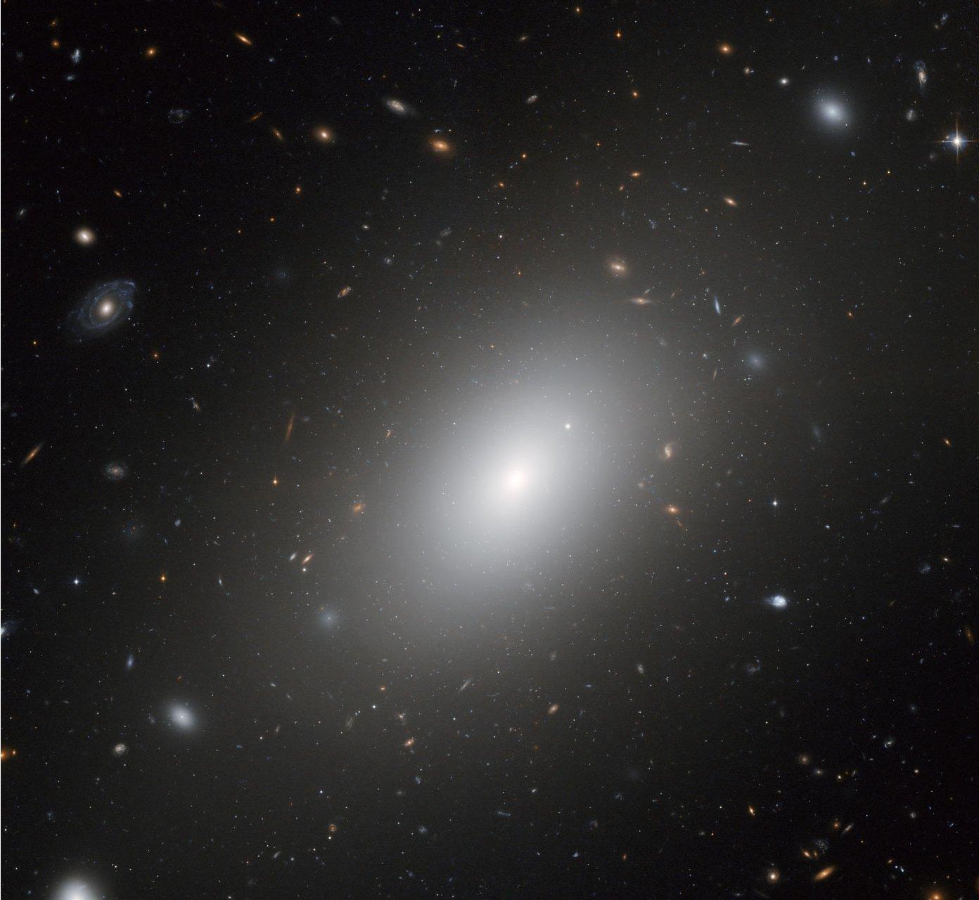 NGC1132